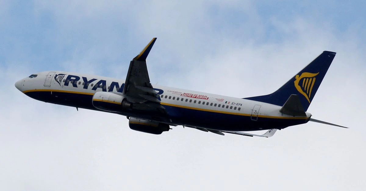 Ryanair posts record annual loss, hopes to break even this year