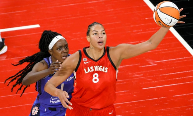 WNBA coach suspended after making comment about Liz Cambage's weight